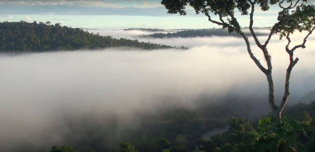 paisaje nublado por el cerro la vieja